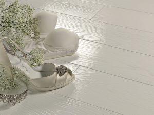 Rovere-prima-verniciato-lucido-100-gloss-tinto-white1
